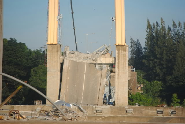 jembatan kukar.jpg