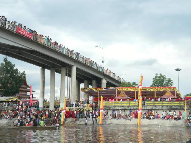 jembatan leigthon.jpg