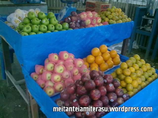 kios buah1.jpg